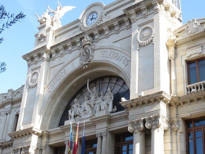 edificio correos valencia