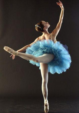 caroly danza