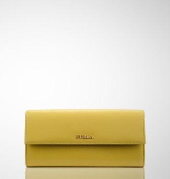 Furla, elegancia italiana en bolsos y complementos valencia