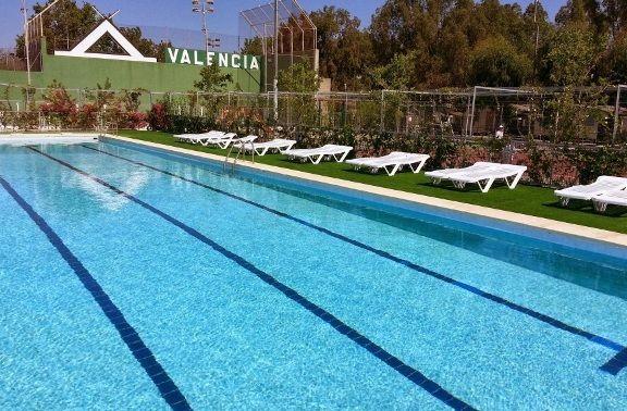 camping-valencia-piscina