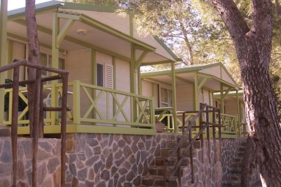 camping-altomira-bungalow
