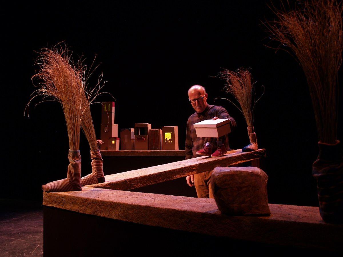 Sesiones de teatro para niños en Menut Teatre del Escalante valencia