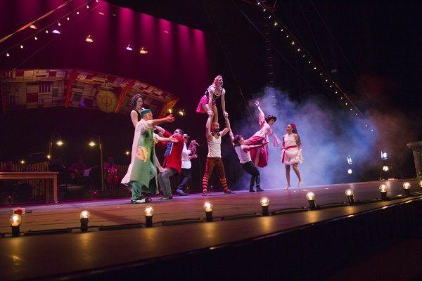 """Circo Gran Fele estrena """"El Tren"""" en Paterna valencia"""