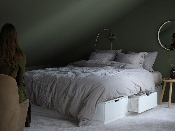 unindose a la serie de productos nordli aparece esta nueva estructura de cama con almacenaje que se convertir en el elemento central del dormitorio