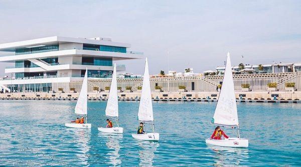 Marina Real, Puerto, Veles e vents