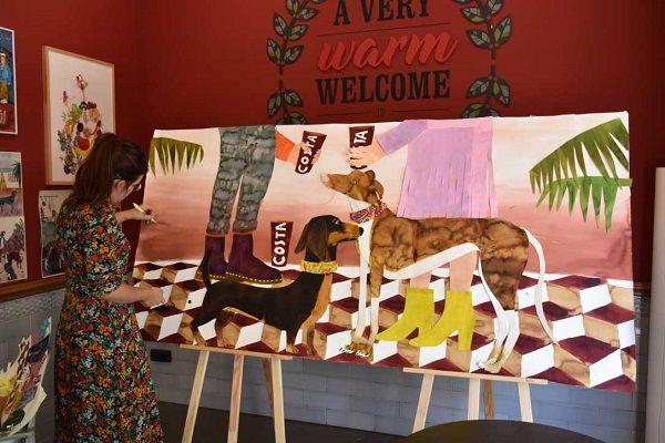 Costa Coffee convierte las manchas de café en arte valencia