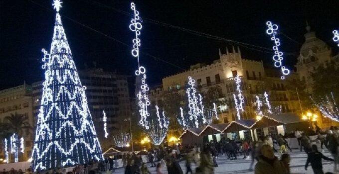 Precios y horarios de la Pista Hielo de Navidad en la Plaza del Ayuntamiento de Valencia