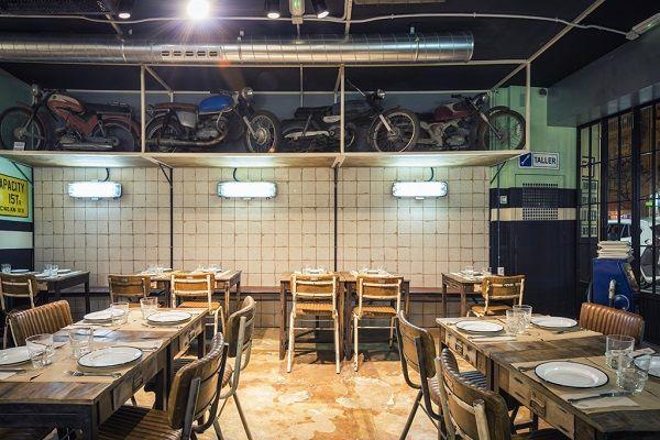 Nº5 Burger Garage una hamburguesería ambientada en un taller mecánico de los 70 valencia