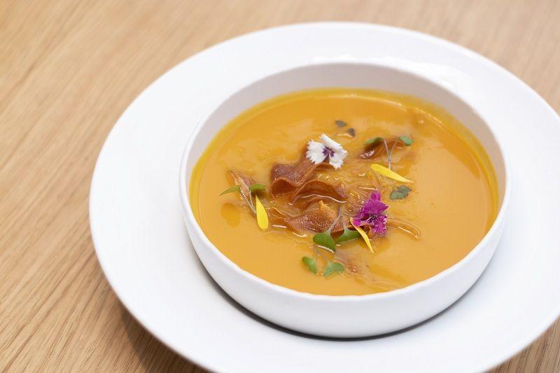 Crema de calabaza y mandarina Restaurante Oslo