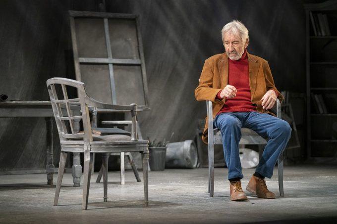 José Sacristán en solitario en 'Señora de rojo sobre fondo gris'